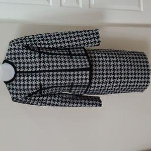 Kasper 2 piece skirt Suit Houndstooth Business Black Grey sz 10 fit